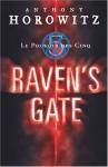 """Couverture du livre : """"Raven's gate"""""""
