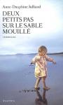 """Couverture du livre : """"Deux petits pas sur le sable mouillé"""""""