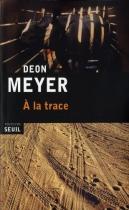 """Couverture du livre : """"À la trace"""""""