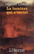 """Couverture du livre : """"La lumière qui s'éteint"""""""