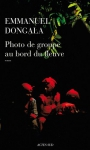 """Couverture du livre : """"Photo de groupe au bord du fleuve"""""""