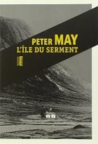 """Couverture du livre : """"L'île du serment"""""""