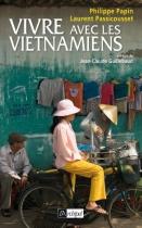 """Couverture du livre : """"Vivre avec les Vietnamiens"""""""